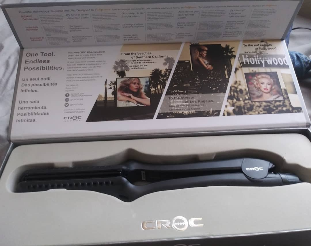croc infrared flat iron in the box